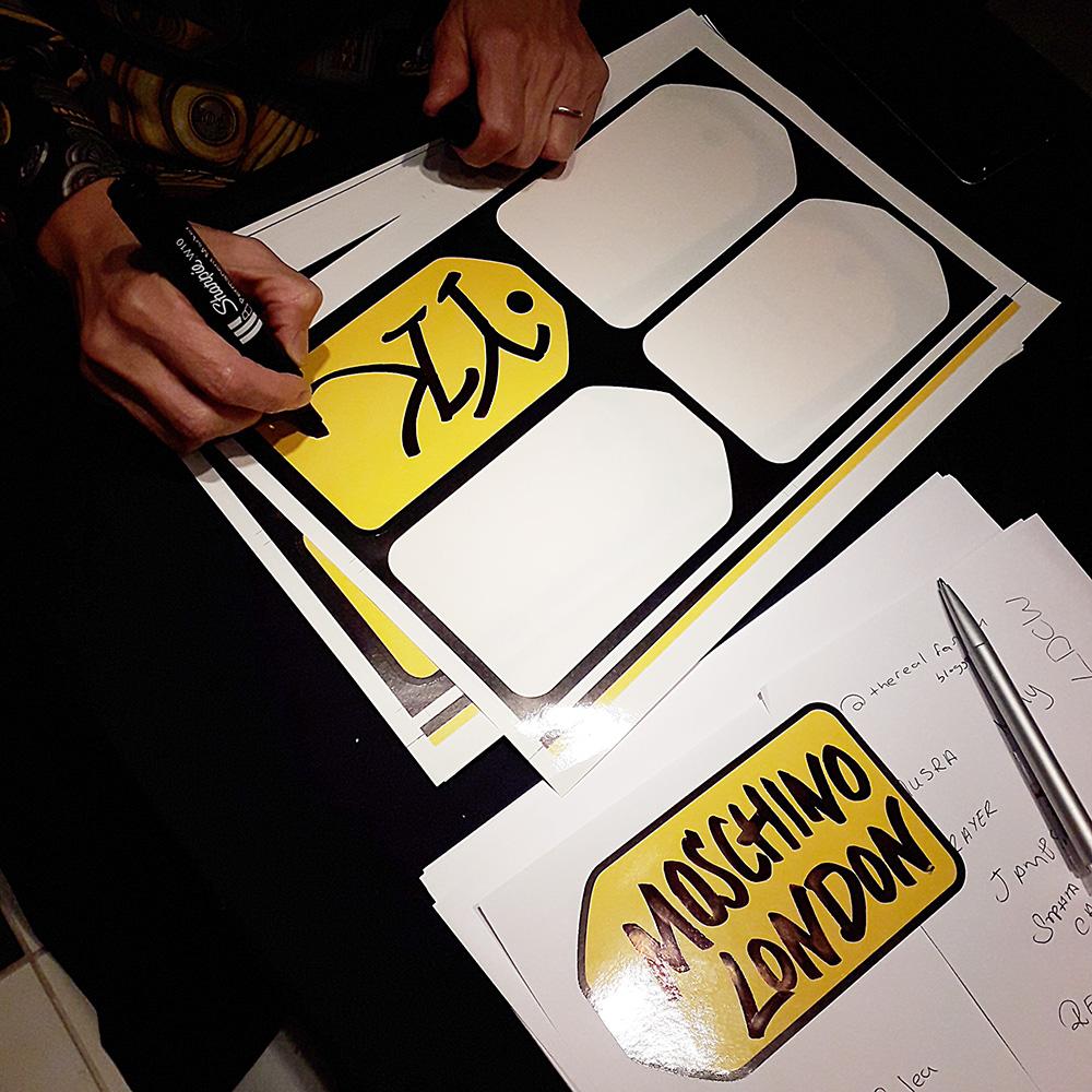 Calligrafia per Moschino – presentazione nuova collezione autunno inverno 2020